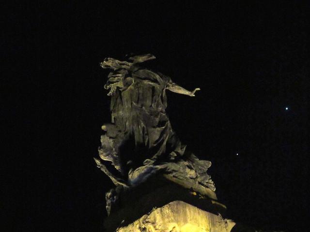 Monumento y conjunción