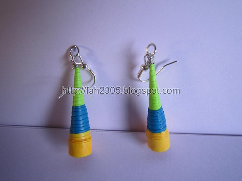 Handmade Jewelry - Paper Trumphet Earrings (Green,Blue,Yellow) by fah2305