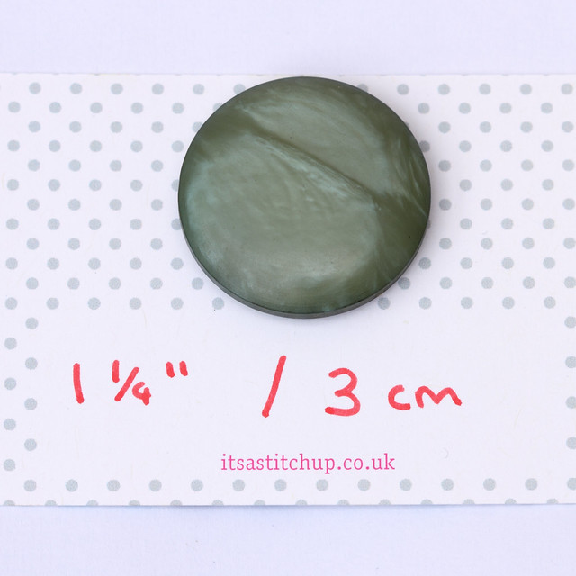 Large vintage grey/green button – 30mm