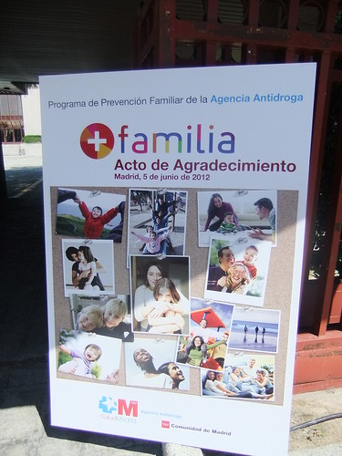"""ACTO DE AGRADECIMIENTO A LOS PARTICIPANTES DEL PROGRAMA DE PREVENCIÓN """"+ FAMILIA"""" DE LA AGENCIA ANTIDROGA"""