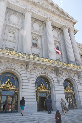 San Francisco City Hall front entrance