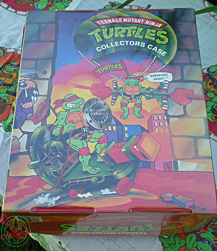 "Tara Toy Corp. :: ""TEENAGE MUTANT NINJA TURTLES"" - COLLECTORS CASE xi (( 1988 ))"