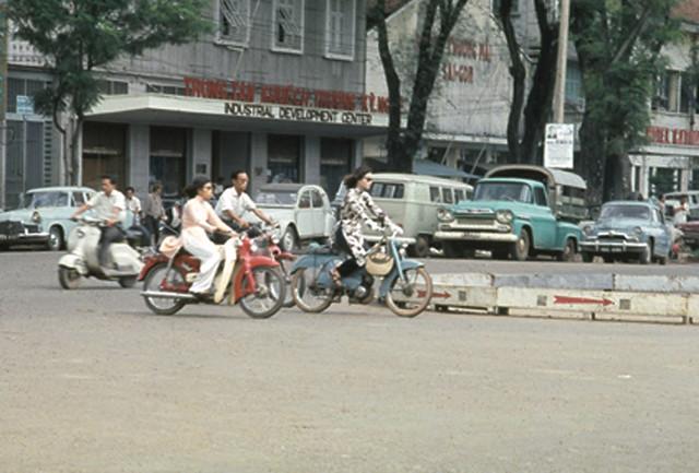 Saigon 1967 - đường Nguyễn Huệ