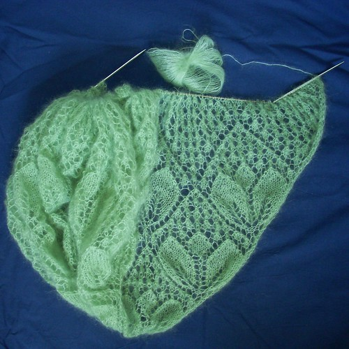 Wedding shawl progress by Asplund