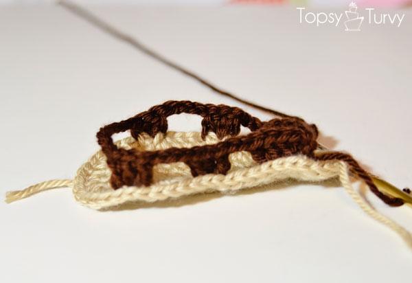 crochet-baby-sandals-row-1