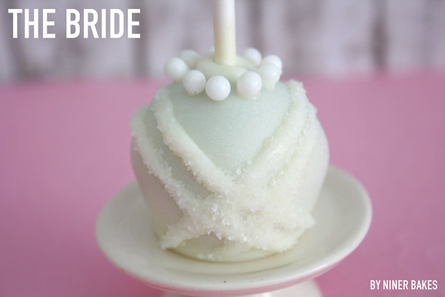 Wedding Cake Pops: Bride and Groom