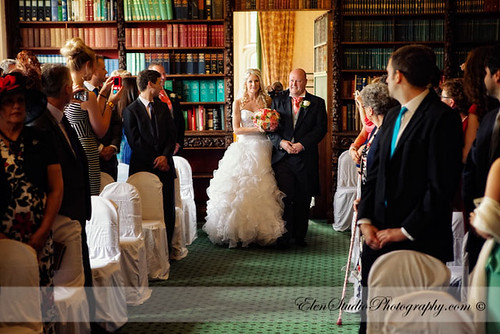Aldermaston-Manor-Wedding-photos-L&A-Elen-Studio-Photograhy-blog-019