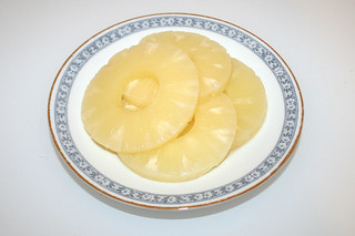 04 - Zutat Ananas / Ingredient ananas