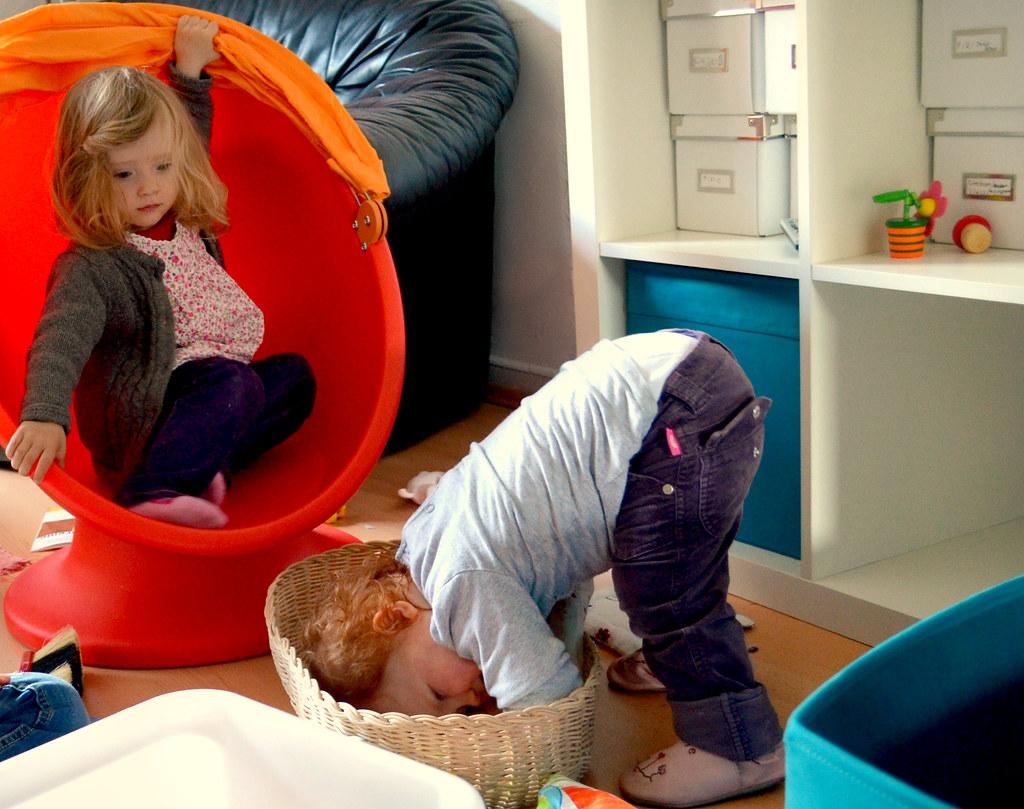 Kinder spielen zusammen (http://www.pusteblumenbaby.de/)