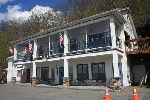Golden Eagle Restaurant and Lounge