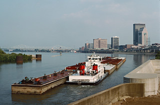 87i075: Valvoline departing Portland Canal upbound on Ohio River at Louisville