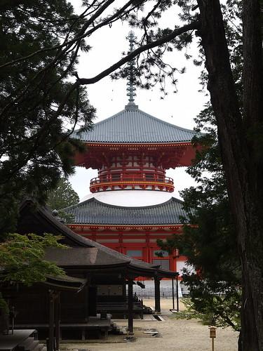 Platform Buddhist temple  Konpondaito by leicadaisuki