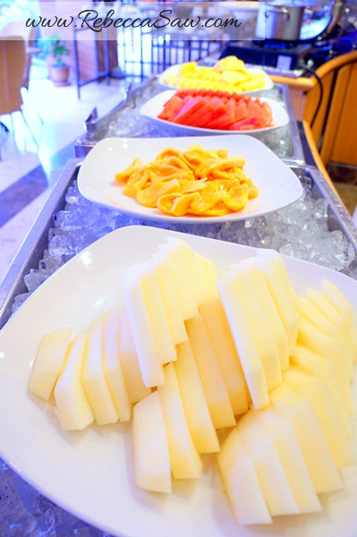 armada hotel buffet - fruits