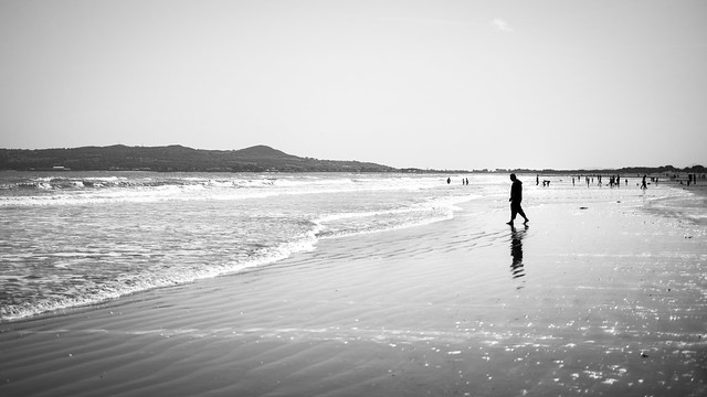 At the beach - Portmarnock, Ireland - Black and white street photography