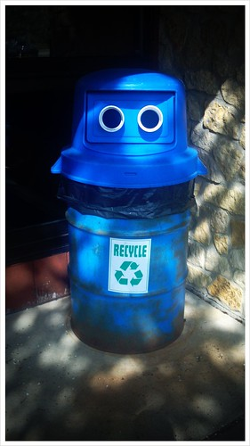 Recycle robot is watching you