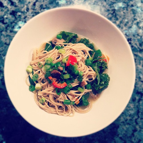 Dinner improvisation: Soba noodles cooked in chicken broth with kale, red bell pepper, mushrooms and green onions.