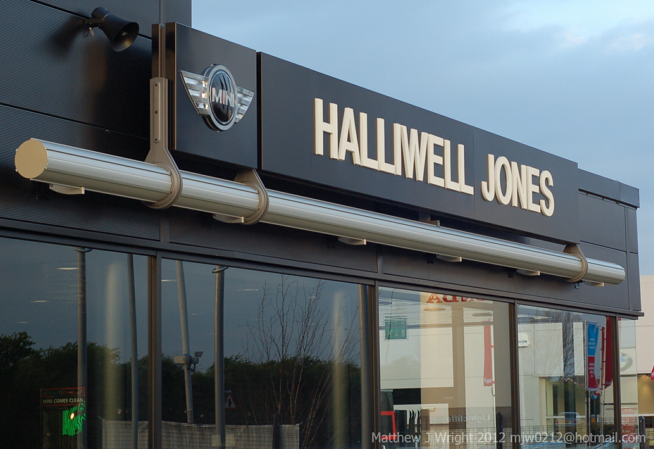 Halliwell Jones Mini Dealership in Southport