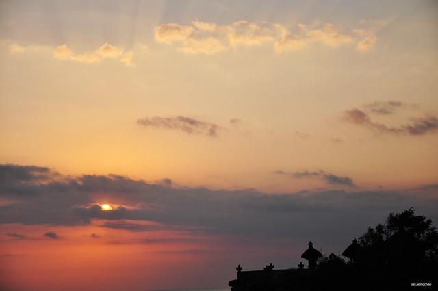 日落。巴厘島