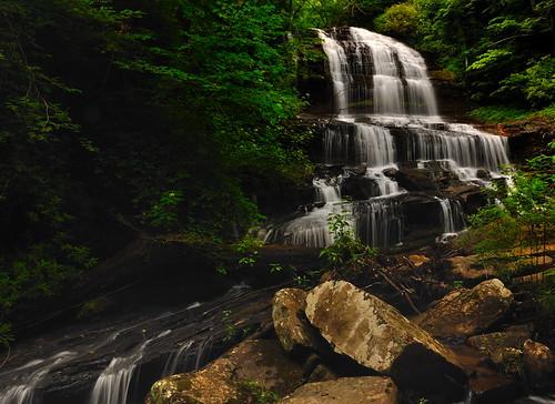longexposure nature waterfall nikon northcarolina circularpolarizer pearsonsfalls nikond90 tyrongardenclub