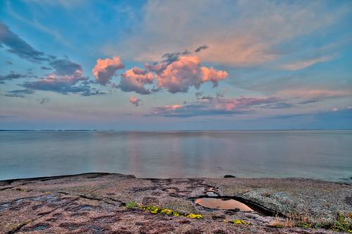 sea clouds sunrise meri porvoo gulfoffinland heinäkuu aamu auringonnousu suomenlahti nikond300 varlaxudden heinäkuu2009 eerohapponen afsnikkor1685mm135