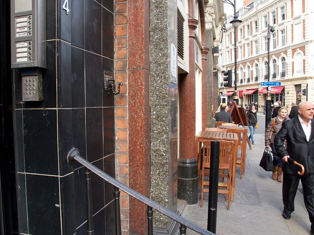 Police Hook, Covent Garden