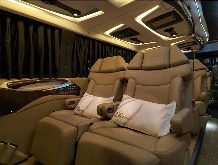 Bus Amp Coach Smart Move Luxury On Wheels