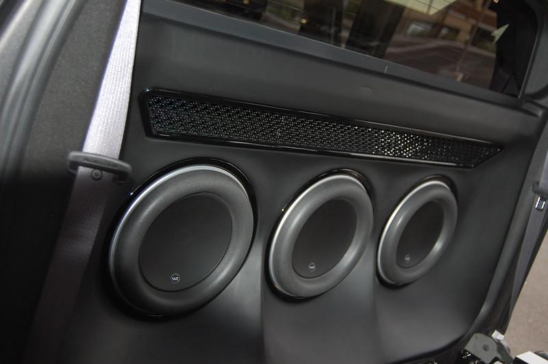Findlay Customs Cadillac EXT (BADASS) - Car Audio | DiyMobileAudio