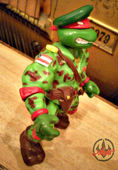 Mutant Military  TEENAGE MUTANT NINJA TURTLES :: RAPH, THE GREEN TEEN BERET iv (( 1991 ))