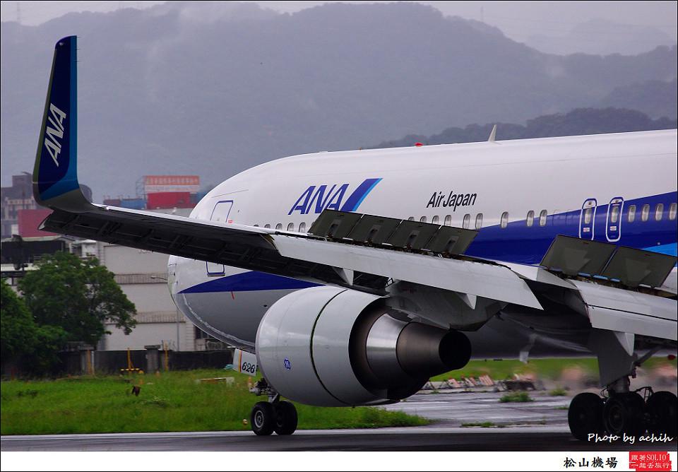 全日空JA626A客機009