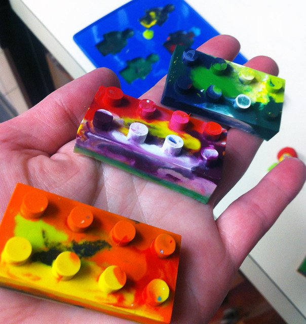 lego brick crayons