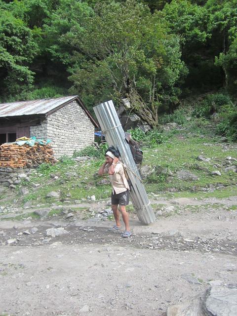porter in Danakyu