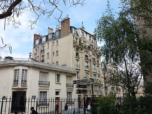 25 rue M'ont Cenis, Paris 18e width=