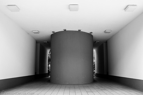 Decision Time - Architecture - Fuji X-Pro 1