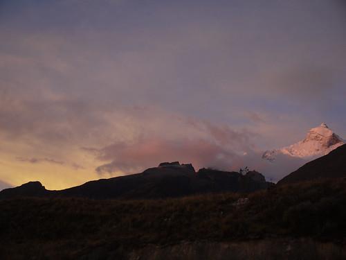 sunset mountains peru cordillerablanca llanganuco