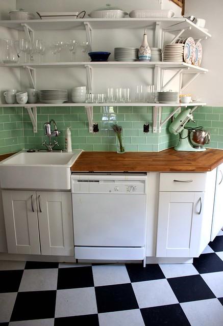 Vloer keuken witte - Betegeld zwart wit geblokte keuken ...