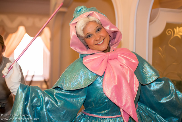 DLP April 2012 - Having Lunch at Auberge de Cendrillon