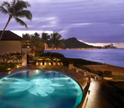 Halekulani Pool with Diamond Head view