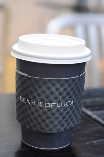 Takeaway Latte @ Dean & DeLuca Singapore