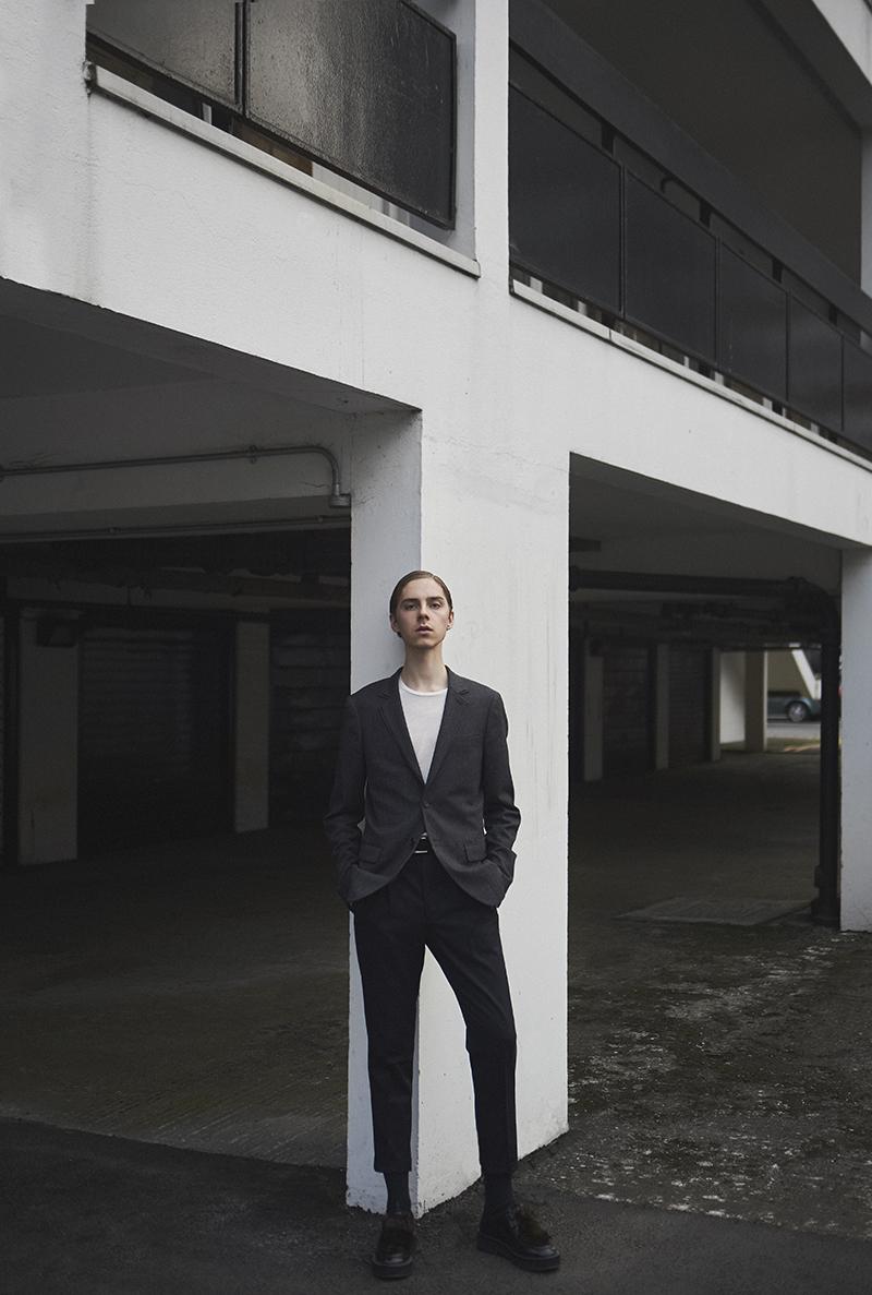 MikkoPuttonen_FashionBlogger_London_AllSaints_SS16_ItsUpToYou_Paulsmith_shoes_outfit4_web