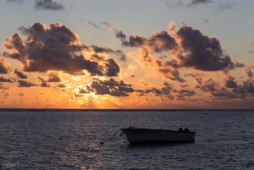 sunset indianocean blackriver mauritius flicenflac mu wolmar volkerbrueck