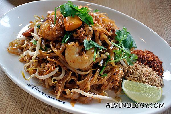 Bangkok Gem - Pad Thai with Prawns