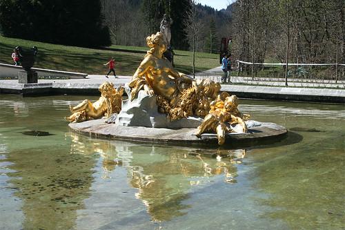Fontainenfiguren - Wasserparterre - Schloß Linderhof