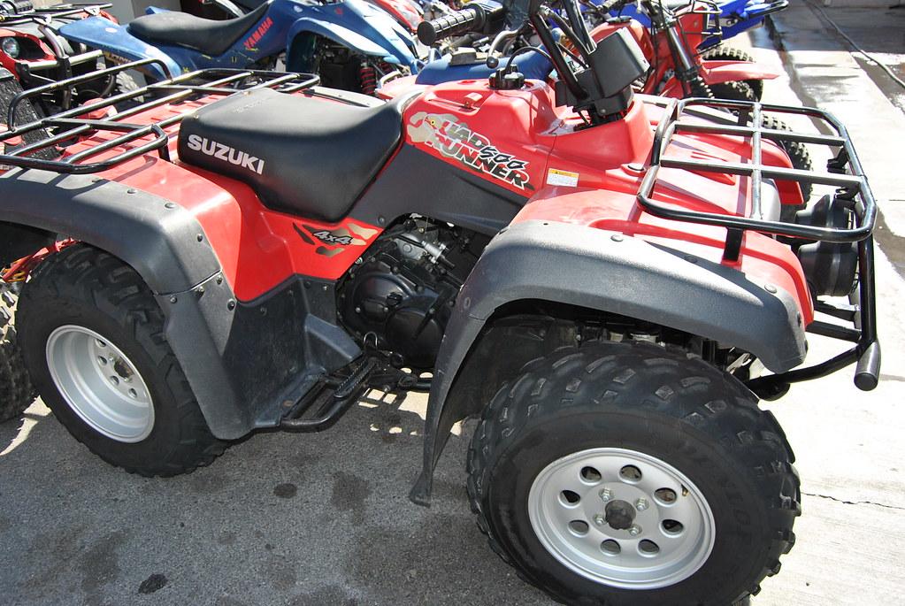 2000 Suzuki 500 4 Wheel Drive $2,600