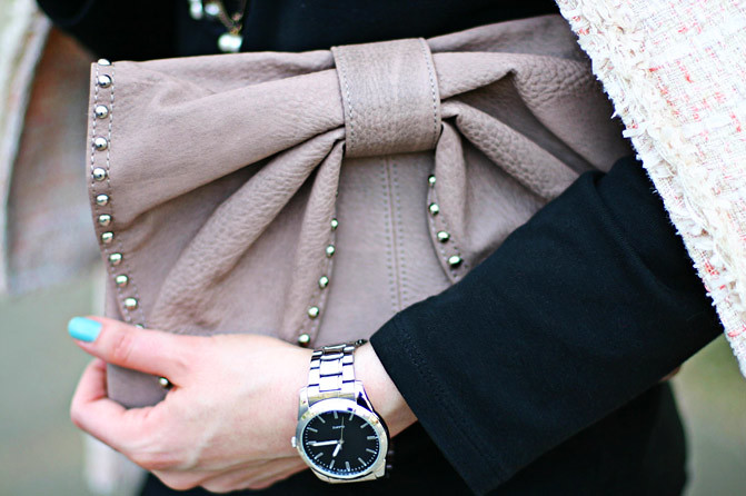marc jacobs style bow bag studded detail, fashion, chanel jacket