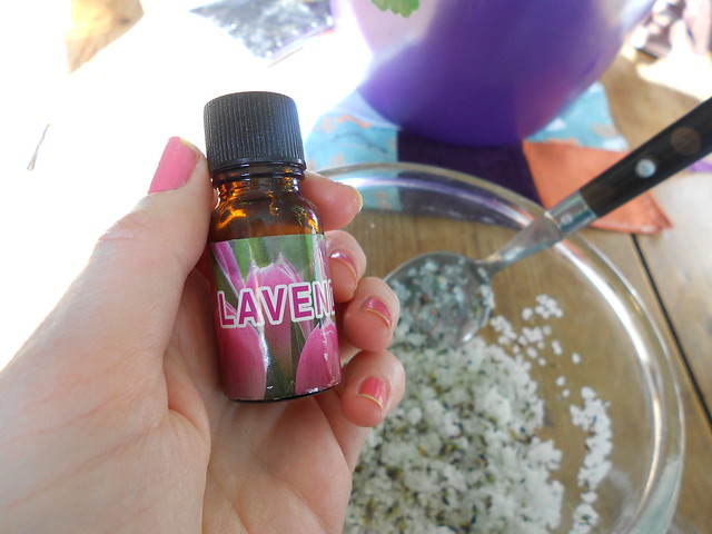 Lavender salt scrub tutorial