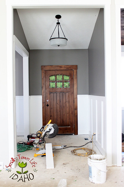 inexpensive board and batten wainscot how to diy. Black Bedroom Furniture Sets. Home Design Ideas