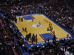 basketball moves(0.0), soccer-specific stadium(0.0), arena football(0.0), slam dunk(0.0), sport venue(1.0), sports(1.0), audience(1.0), player(1.0), basketball player(1.0), ball game(1.0), stadium(1.0), basketball(1.0), arena(1.0),