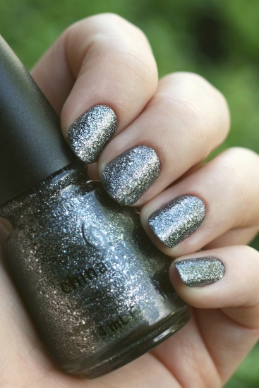 China Glaze - Tinsel Town