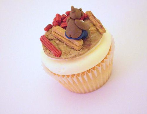 Mini Builder Bear Cupcake