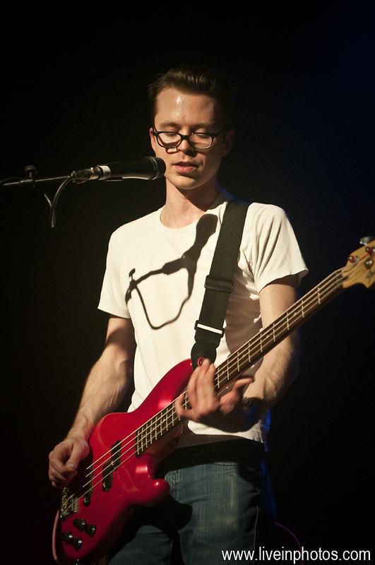 Tom Vek